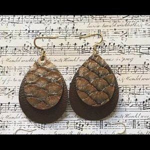Double brown faux leather earrings